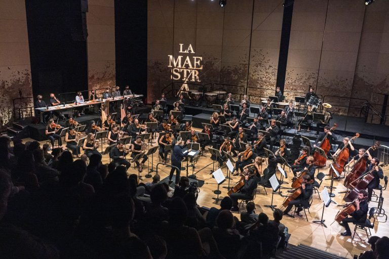First semi-final of the La Maestra competition with the Paris Mozart Orchestra. The Maestra, 1st edition of the International Conductors Competition. Twelve candidates conduct the Paris Mozart Orchestra during the semifinals and finals of the competition which takes place from 14 to 18 September 2020 at the Philharmonie de Paris. Paris, September 15, 2020. Première demi-finale du concours la Maestra avec le Paris Mozart Orchestra. La Maestra, 1ere edition du Concours International de Cheffes d Orchestre. Douze candidates dirigent l orchestre du Paris Mozart Orchestra durant les demies-finales et finales du concours qui se tient du 14 au 18 Septembre 2020 a la Philharmonie de Paris. Paris, le 15 septembre 2020.
